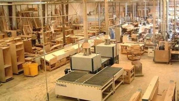معدات مصنع اثاث خشبي