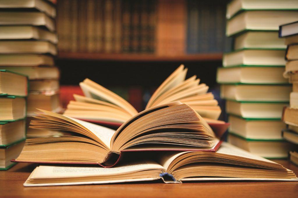 ترجمة كتب علمية