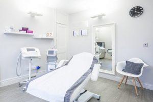 ادوات عيادة الاسنان