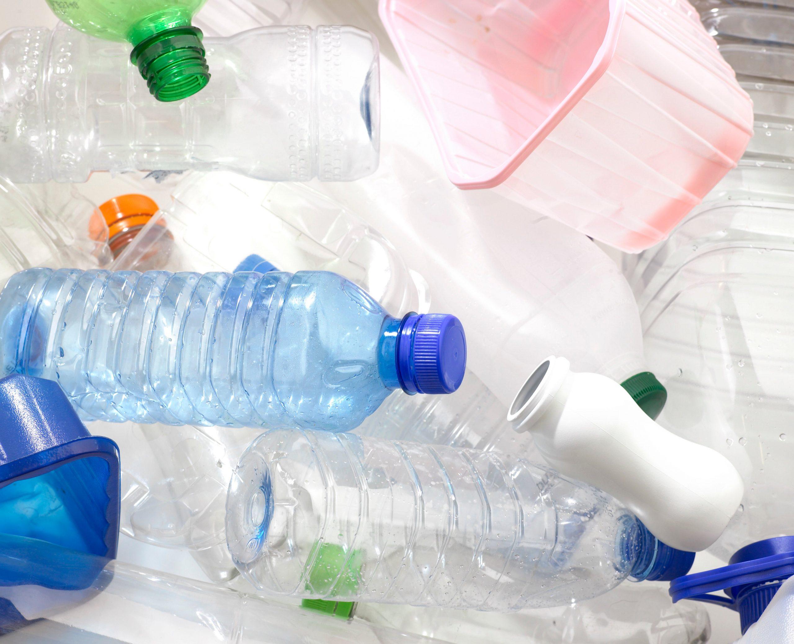 كم سعر طن البلاستيك المستعمل