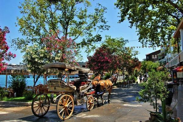 جزر الاميرات تركيا اسطنبول