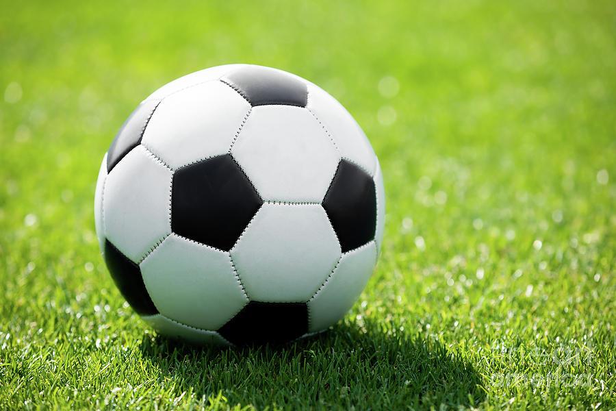 دراسة جدوى أكاديمية كرة قدم