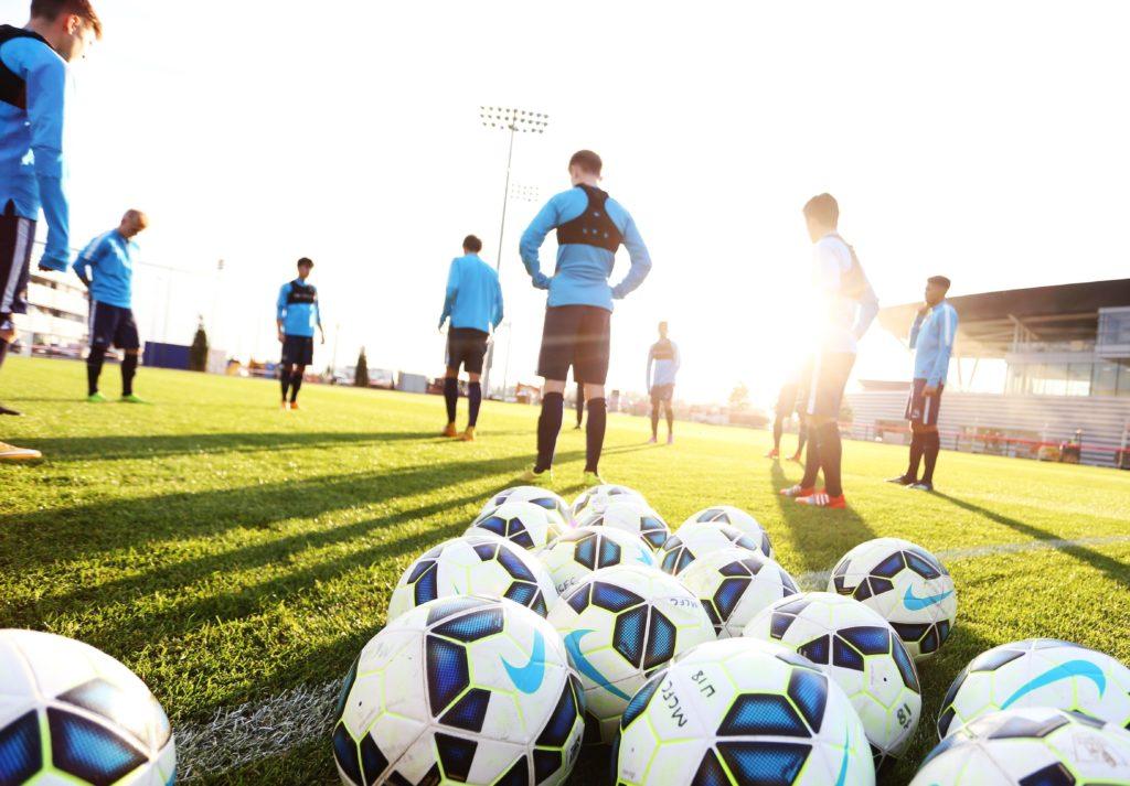 دراسة جدوى مشروع اكاديمية كرة قدم