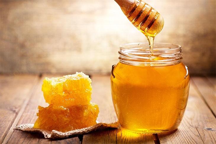 الزنجبيل والعسل للانفلونزا.