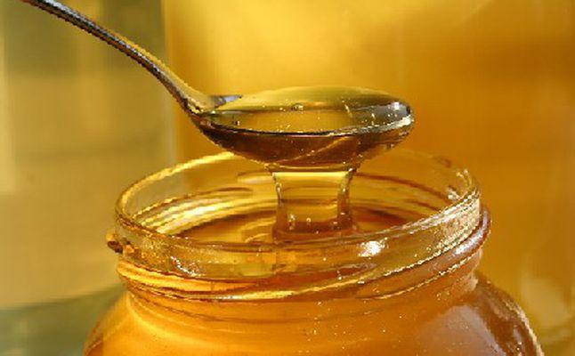 العسل للتبويض