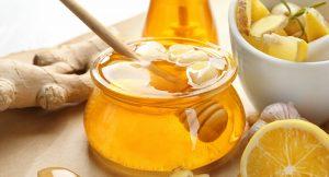 طرق إعطاء العسل لطفل