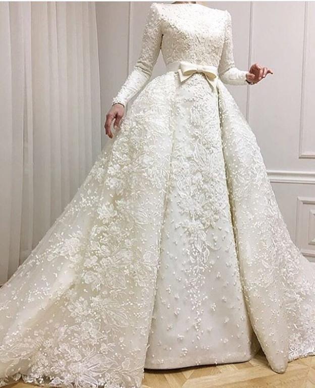 شراء فساتين الزفاف الفاخرة عبر الإنترنت من تركيا