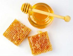 كيفية استعمال العسل لتخفيف الوزن