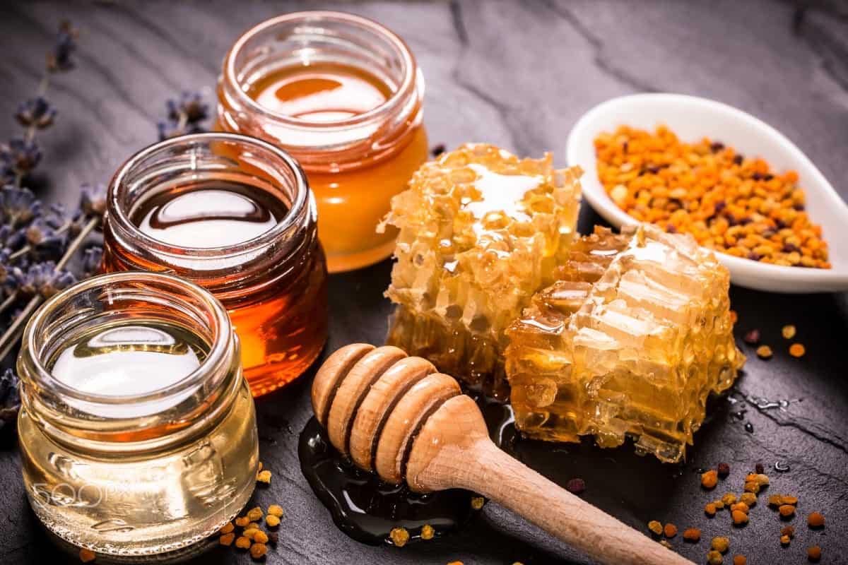 فوائد العسل لعلاج ارتجاع المرئ
