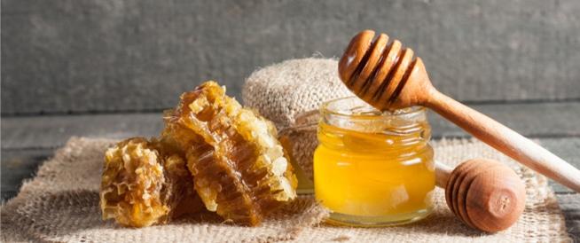 فوائد العسل لقرحة الرحم