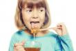فوائد العسل للأطفال على الريق
