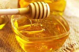 الليمون والعسل لمحاربة الزكام