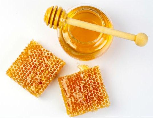 فوائد العسل والليمون للحمى.