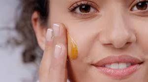 فوائد العسل للخدود