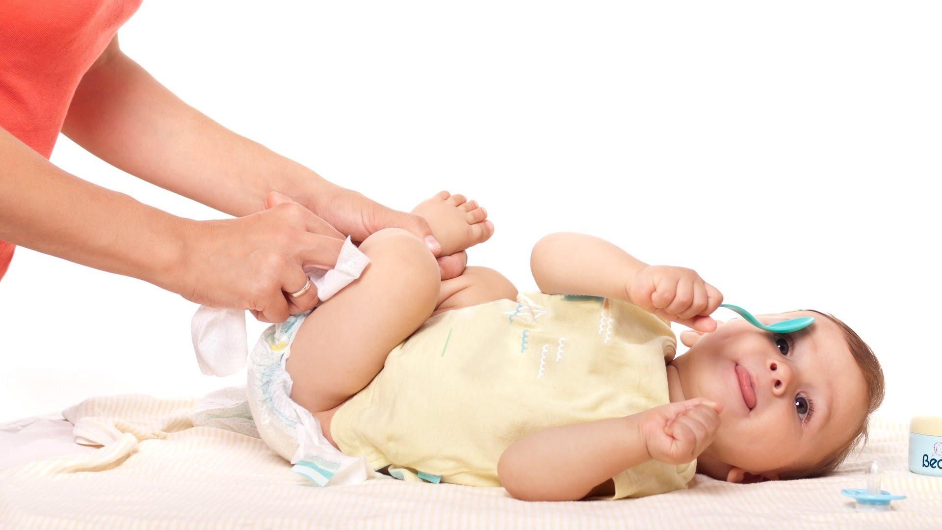شروط استيراد حفاضات الاطفال