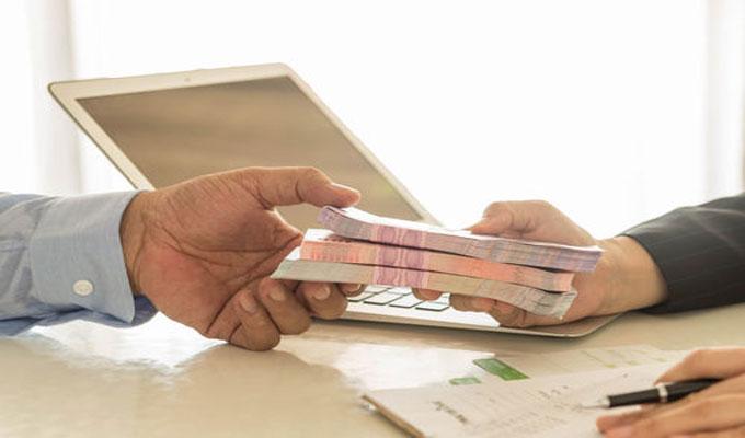 قروض تسديد الديون