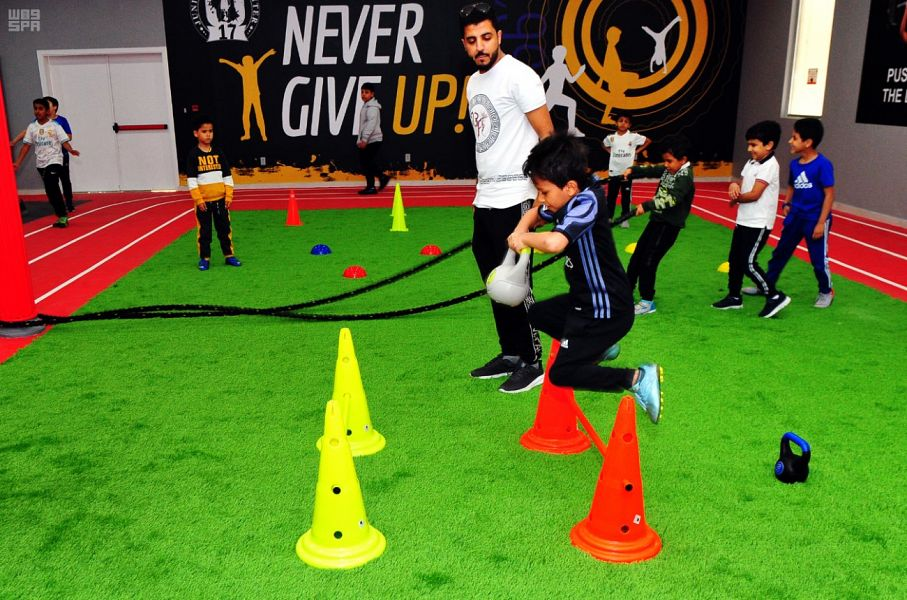 مشروع نادي رياضي للاطفال