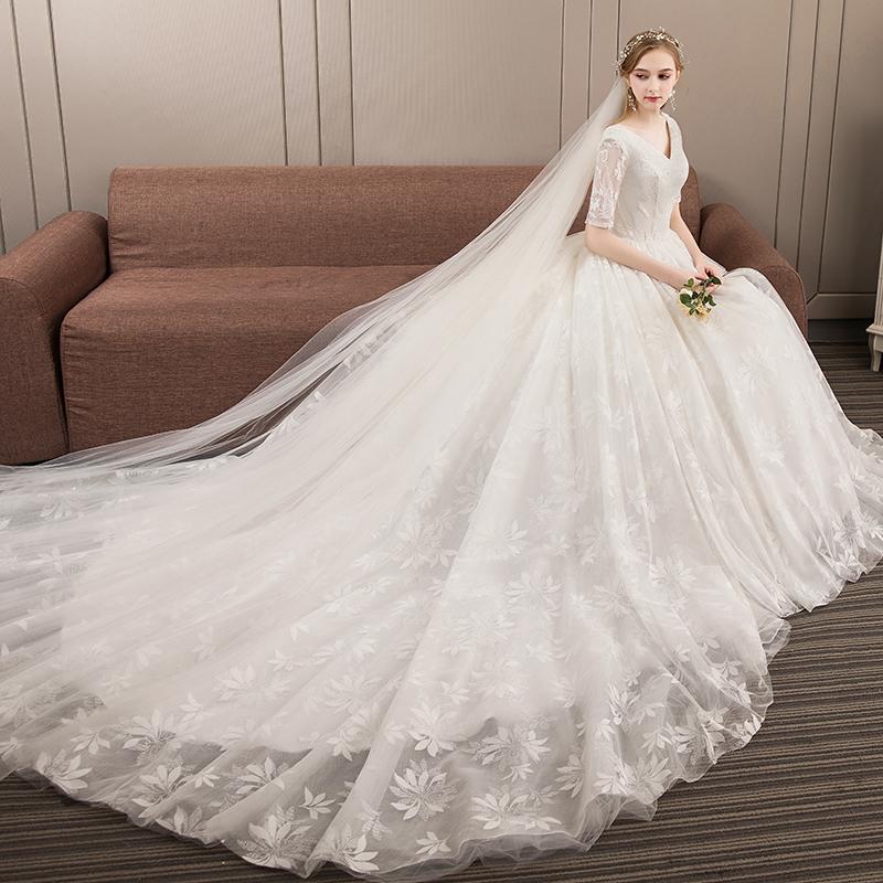 طلب فساتين زفاف من تركيا