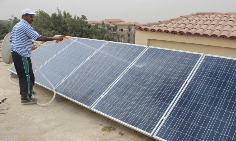 شركات تصنيع الألواح الشمسية