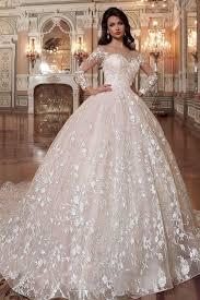 لفساتين الزفاف في تركيا