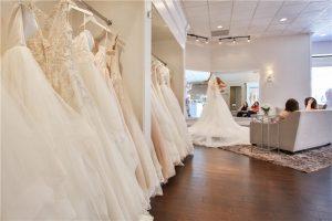 مواقع بيع فساتين زفاف اون لاين