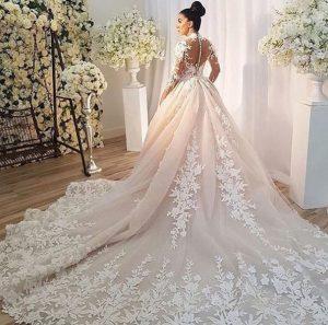 اماكن بيع فساتين زفاف جملة
